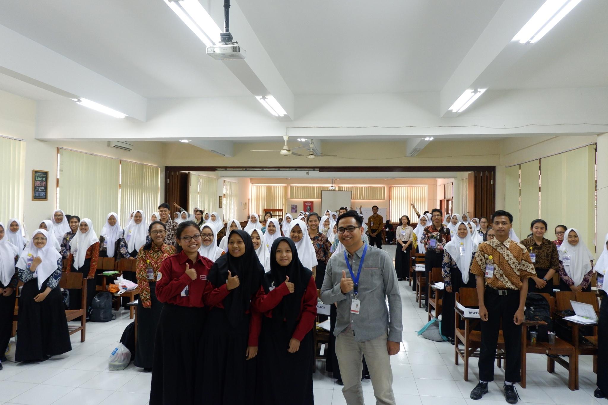 Pra-OMeGA Jilid 1-4 : Persiapkan Mahasiswa Menuju Excellent with Morality