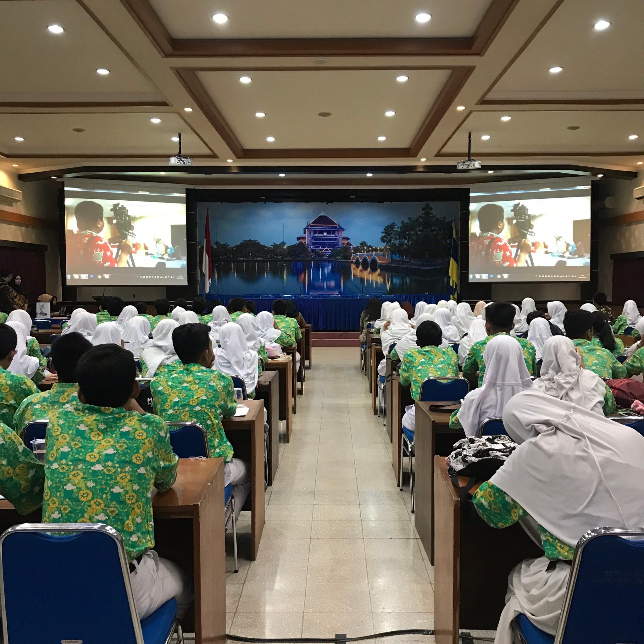 Campus Visit Faculty of Public Health: SMA Negeri 2 Cibinong